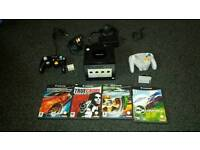 Gamecube (Nintendo) With Games and Controllers