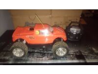 RC NITRO TRUCK 1:8 SCALE MONSTER TRUCK THAT HAS BEEN TESTED AND TUNED BY US VERY FAST, NEW PULLSTART