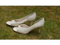 Peep toe elegant shoes brand new Size 6