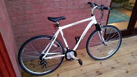 Almost braad new Mizani Zone hybrid bike that has barely been used.