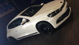 VOLKSWAGEN SCIROCCO 2.0 AUTOMATIC CANDY WHITE WITH SATIN BLACK ALLOYS PERFECT CONDITION
