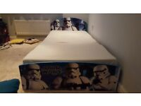 Star wars single bed and bedding
