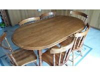 Beautiful solid oak farmhouse table and chairs