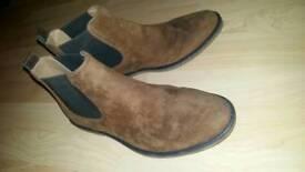 Size 7 mens burtons chelsea boots