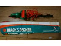 Black and Decker lightweight hedge trimmer