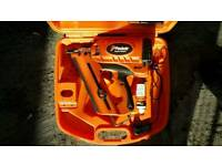 Paslode IM350+ FIRST FIX NAIL GUN IN VERY GOOD CONDITION