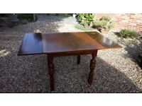 Oak Extending Dining Table - sound condition