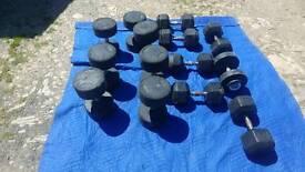 402.5kg of rubber coated dumbbells