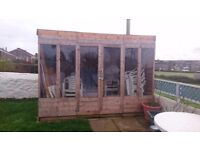 10x8 summerhouse, good condition with extras - 4extra sides and new felt