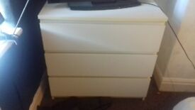 White 3 drawers stylish