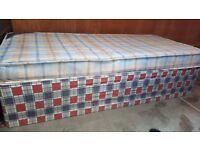 Single Divan Bed in Good Condition