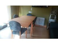 Habitat Beautiful maple dining room table and 4 chairs extends to double the size