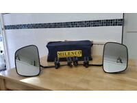 Towing mirrors.