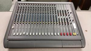 Soundcraft Delta DLX 16 Channel Mixer