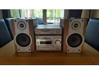 SONY MINIDISC / CD / RADIO / DETACHABLE TAPE PLAYER