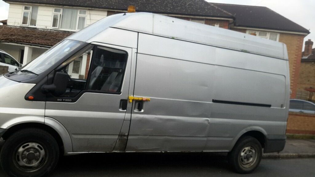 Man and van removal service and rubbish clearance service in London 24 /7..