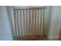 Beech wood adjustable stair gate