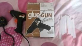 Hot Glue Gun + 10 glue sticks