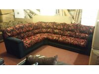 2 C 3 RED AND GOLD FLORAL CORNER SOFA HAND MADE AMAZING QUALITY 1 OFF DEAL £449 RETAILS FOR £999