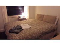 Kingsize bed frame and mattress (with drawers)