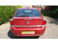 58 Plate Vauxhall Vectra Manual 5 speed gearbox 1.8 Petrol Exclusiv 5 door hatchback in red