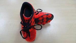Soulier de Soccer (P021100)