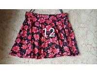 Size 12 floral skirt