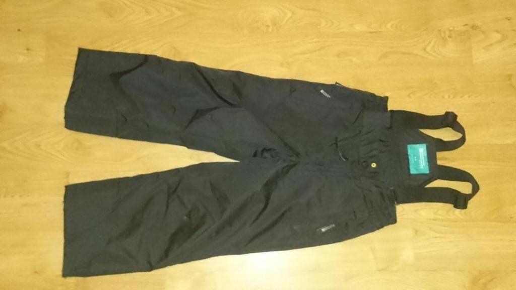 Mountain Warehouse Kids Snow Pants (Raptor) size 3-4, black