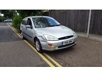FORD FOCUS 1.6 ZETEC. STARTS AND DRIVES GREAT TAKEN IN PART EXCHAGE TO CLEAR BARGAIN £250
