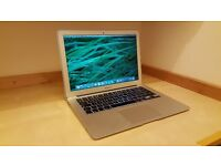 Apple MacBook Air 2014 - 13' - Intel Core i5 4GB RAM 128GB SSD -