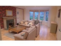 Spacious fully-furnished 1-bedroom Garden Flat with private parking (red sandstone conversion)