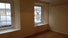 Refurbished Two bedroom Flat to Let