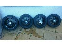 "4x Momo Quasar II 15"" alloys + good tyres"