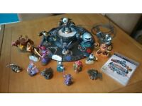 Skylanders Giants PS3 game plus 17 figures and base. Great Christmas present!