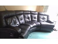 Corner sofa with 2 electric recliner seats ( Collection Only )
