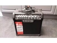GUITAR / DRUM AMPLIFIER