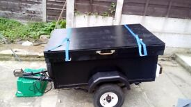 4ft x 2 and half ft trailer with a lid