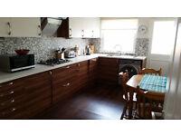 2 Bedroom Semi-Detached Bungalow to Rent
