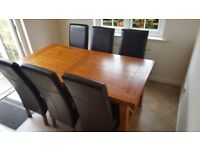 Solid wood extendable family dining table