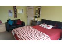 KING SIZE DOUBLE ROOM FOR SINGLE PERSON ONLY £450 P/M
