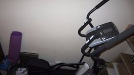 Proform 475e Mint condition. Priced for quick sale. Crosstrainer Elliptical Gym