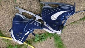 Size 5 Ice skates CCM. Good condition KT3 area - New Malden SW Area of Greater London