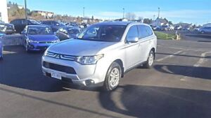 2014 Mitsubishi Outlander ES 4WD - only $126 BW in your driveway