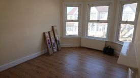 LARGE DOUBLE ROOMS AVAILABLE : NEW BUILT HOUSE : URGENT