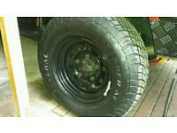 A set of 4 Land rover discovery 1 16×7 black modulars with 245/70/16