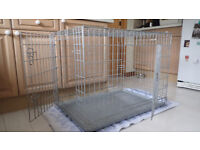 LARGE DOG CRATE WITH METAL TRAY