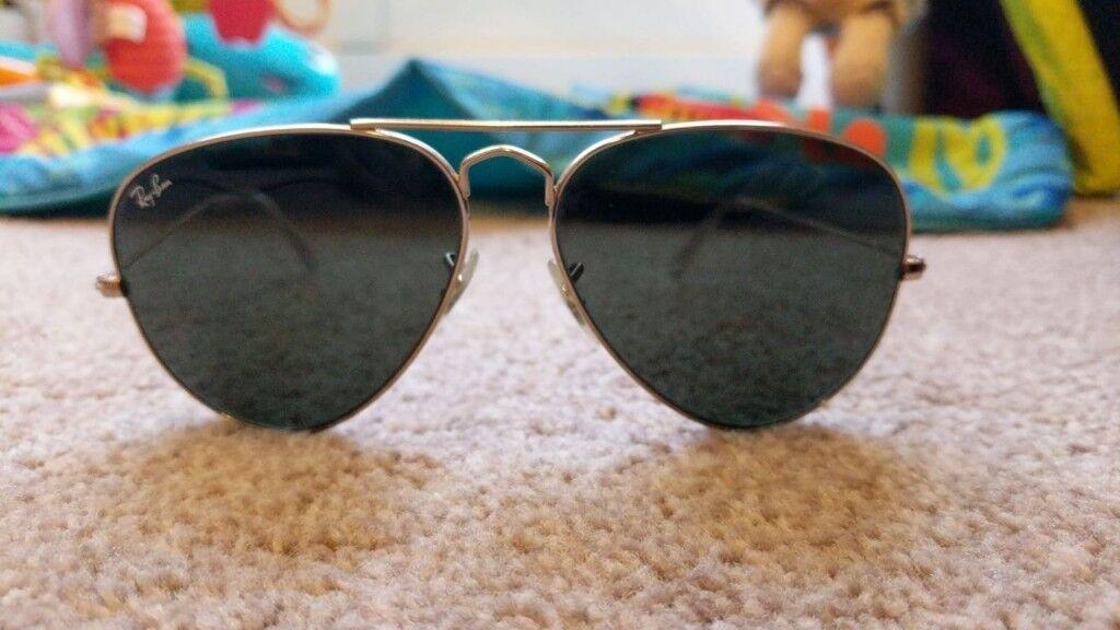 54a2168780b Mens Black Lens Gold Frame RayBan Ray-Ban Aviator Sunglasses Unisex