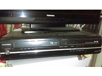 Toshiba VHS video tape & Dvd player