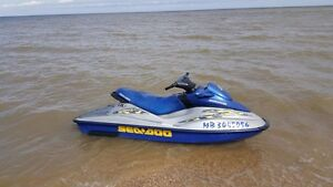 2002 Seadoo RXDI only 109hours.