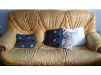 3,2,1 Seater Leather Sofa With Draws - Dark Oak Frame & Table